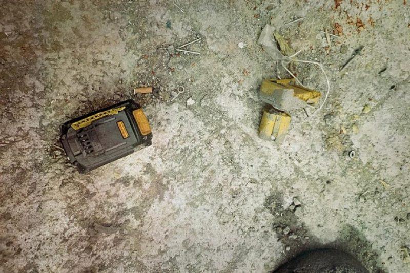 На стройке в Октябрьском районе Екатеринбурга на улице Ткачей рабочего убил клепальник, упавший с 30-го этажа