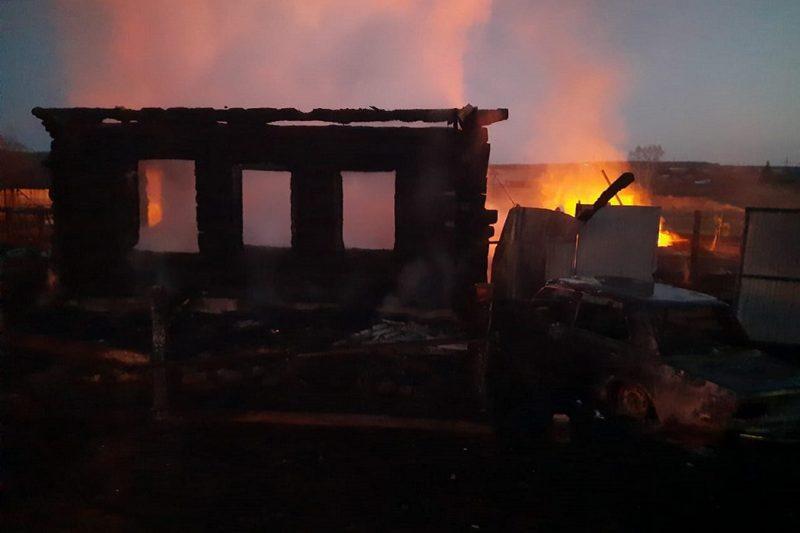 Четверо детей погибли во время пожара в доме под Нижним Тагилом