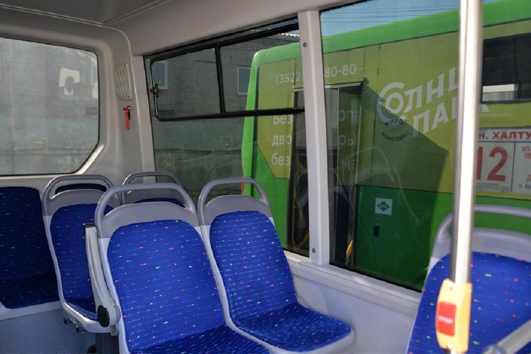 Автобус + пассажирские сидения + салон автобуса