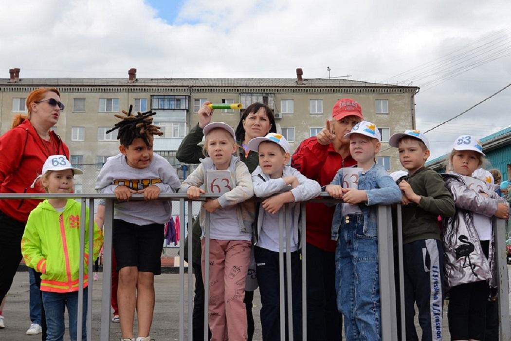 Дети + болельщики + соревнования