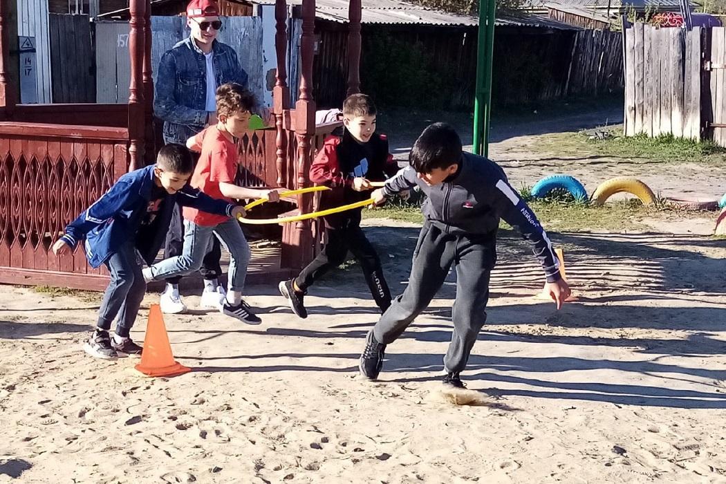 Дети + игра + песок