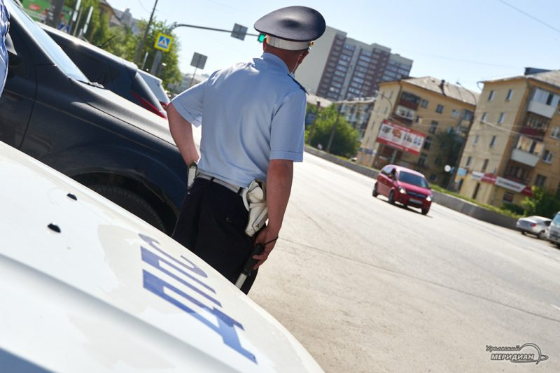 GIBDD Ekaterinburg aktsiya den snizheniya skorosti 14