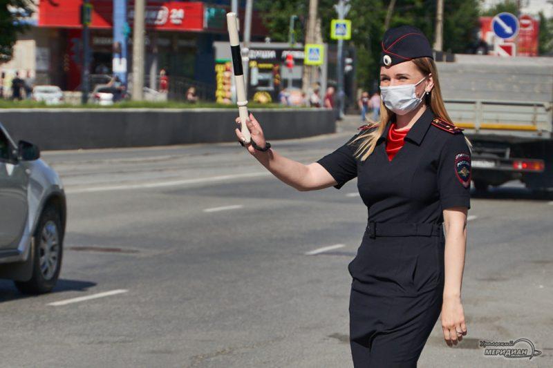 GIBDD Ekaterinburg aktsiya den snizheniya skorosti 17
