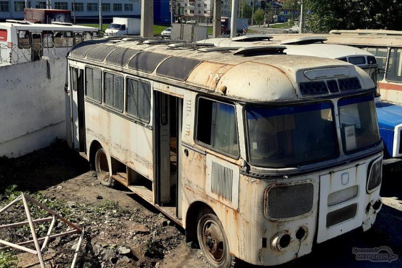 Gortrans obschestvennyy transport muzey retro avtobus 4