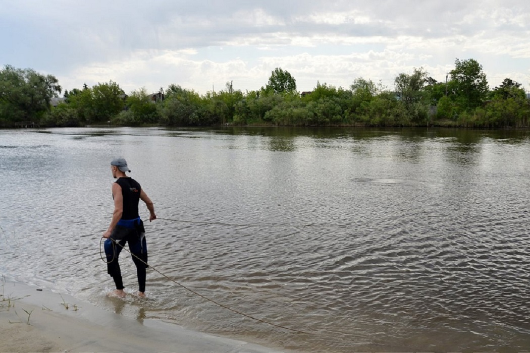 Спасатель + водоём + река + пруд