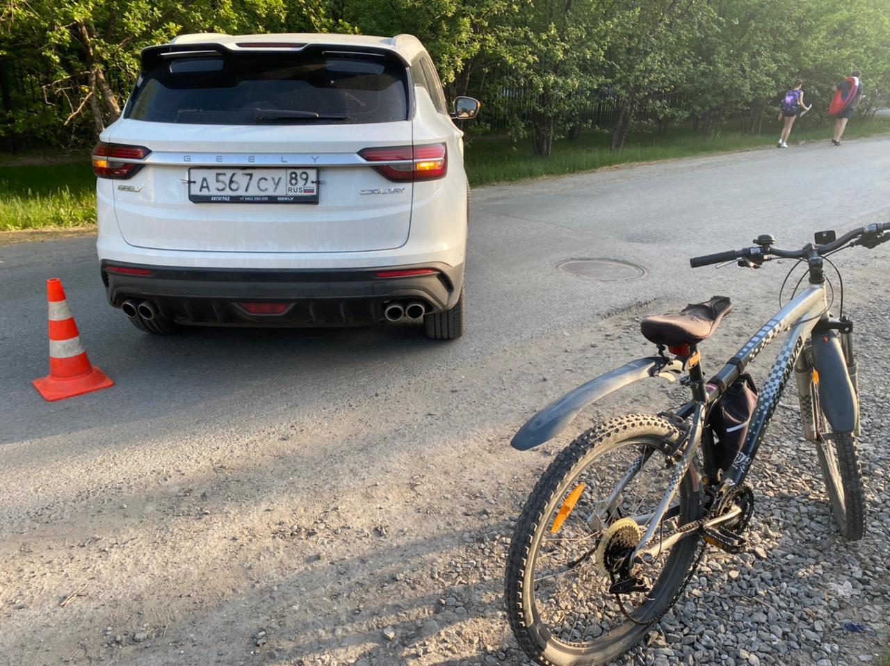 В Тюмени иномарка сбила 12-летнего велосипедиста 1