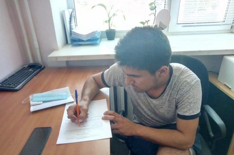 В Тюмени задержали 19-летнего водителя, дрифтовавшего на Цветном бульваре