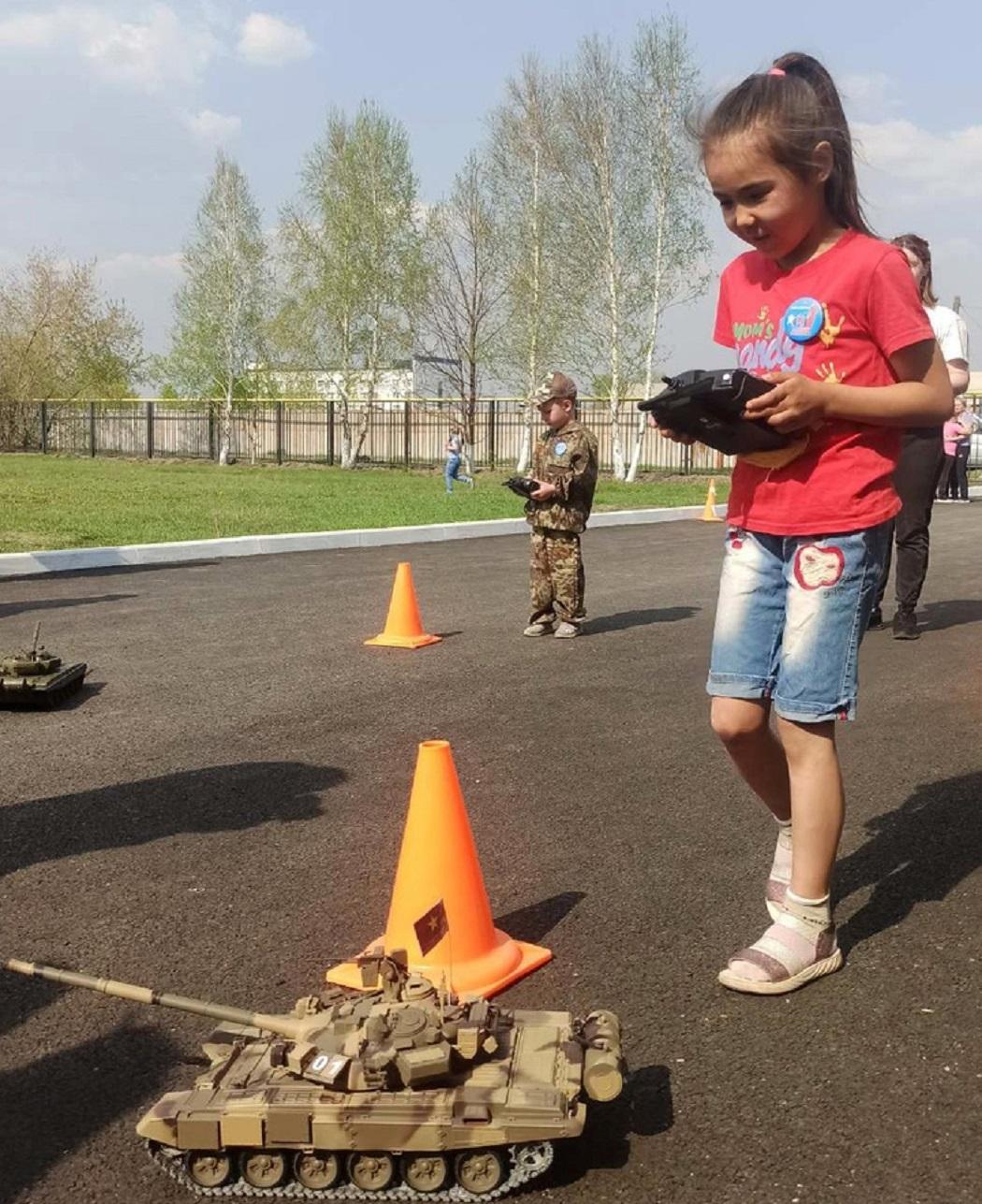 Курганские ТОСы празднуют День Победы и поздравляют ветеранов