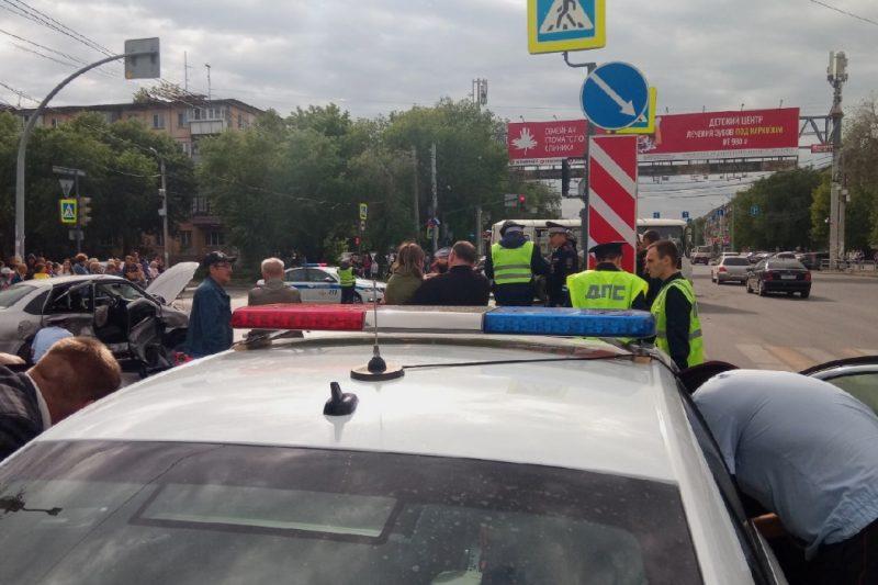 33-летняя челябинка погибла в ДТП с ЛадойРеноШкодойНиссан и Volkswagen (1)