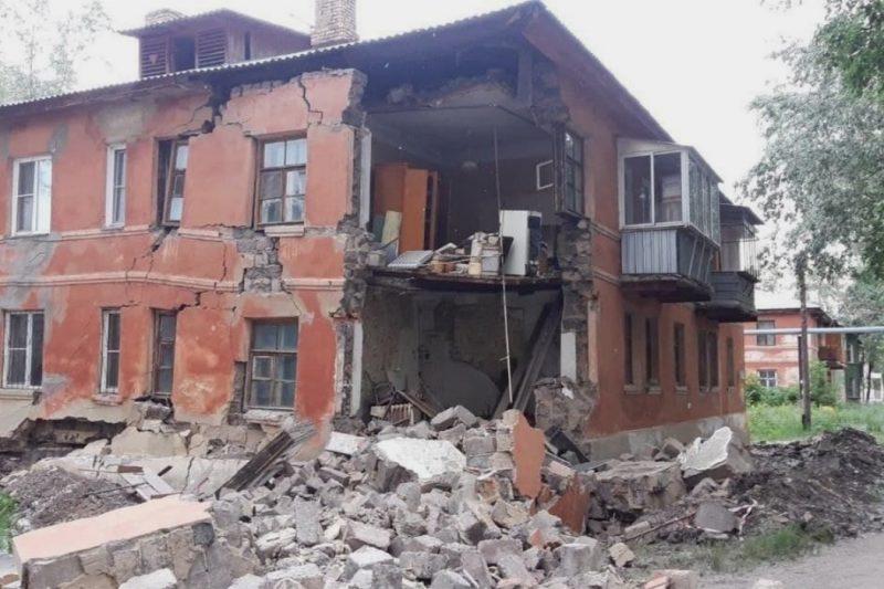 8 июня в Челябинске произошло частичное обрушение стены дома №18