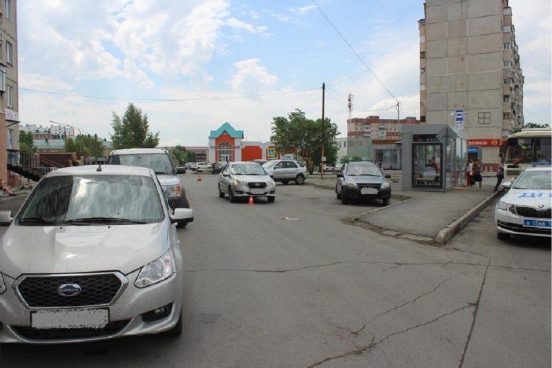 Автомобили + дорога +дома + сбитый пешеход