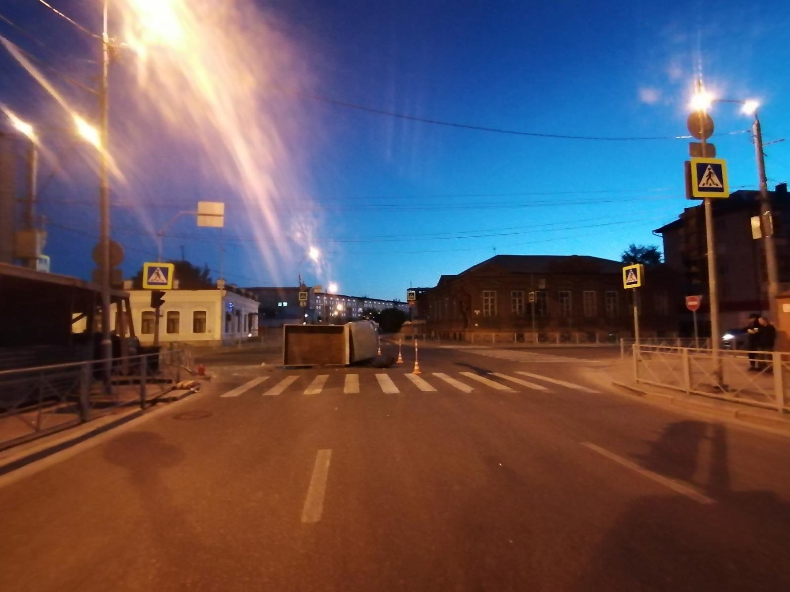 Четыре человека пострадали в ночном ДТП в Тюмени 1