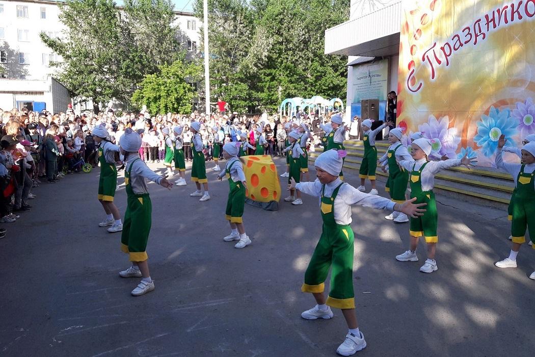 Дети + танцы + праздник + творческий коллектив