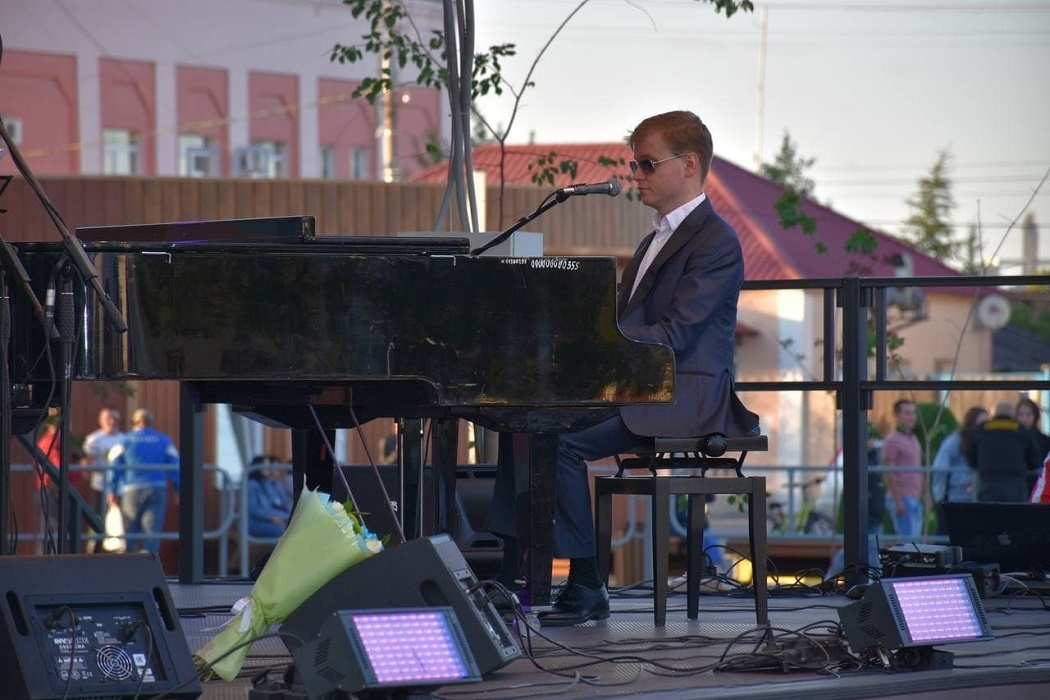 Пианист + пианино + концерт
