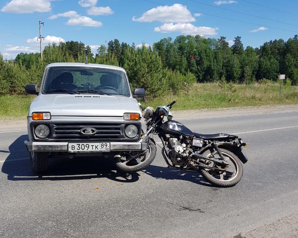Под Тюменью 13-летний подросток попал в ДТП на мотоцикле 1