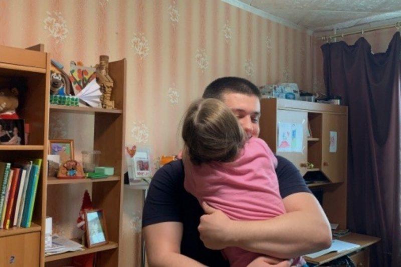Пожарный из Магнитогорска обратился к Путину чтобы сохранить семью