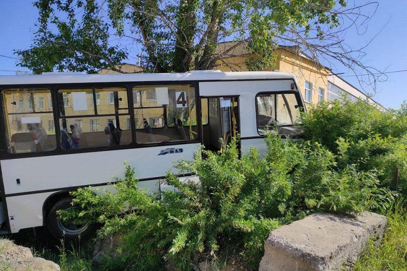 СК завёл уголовное дело после смертельного ДТП с автобусом в Лесном