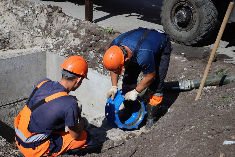 В Тюмени за лето реконструируют почти 2,5 тысячи метров сетей