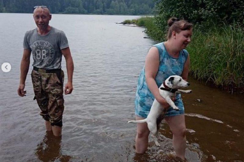 У острова «Любви» на тагильском пруду чуть не утонула пара с собакой