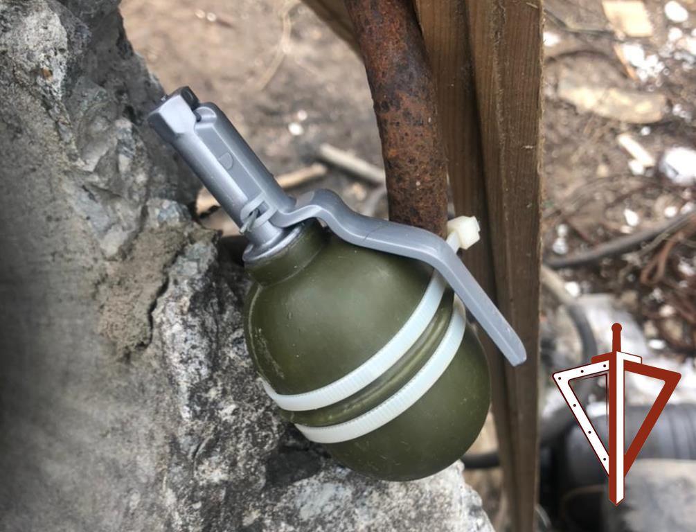 Бойцы ОМОН в Сургуте произвели обследование подозрительного предмета