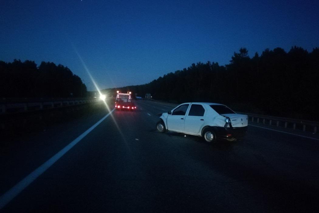 На Серовском тракте 18-летний водитель Renault устроил ДТП с пострадавшими