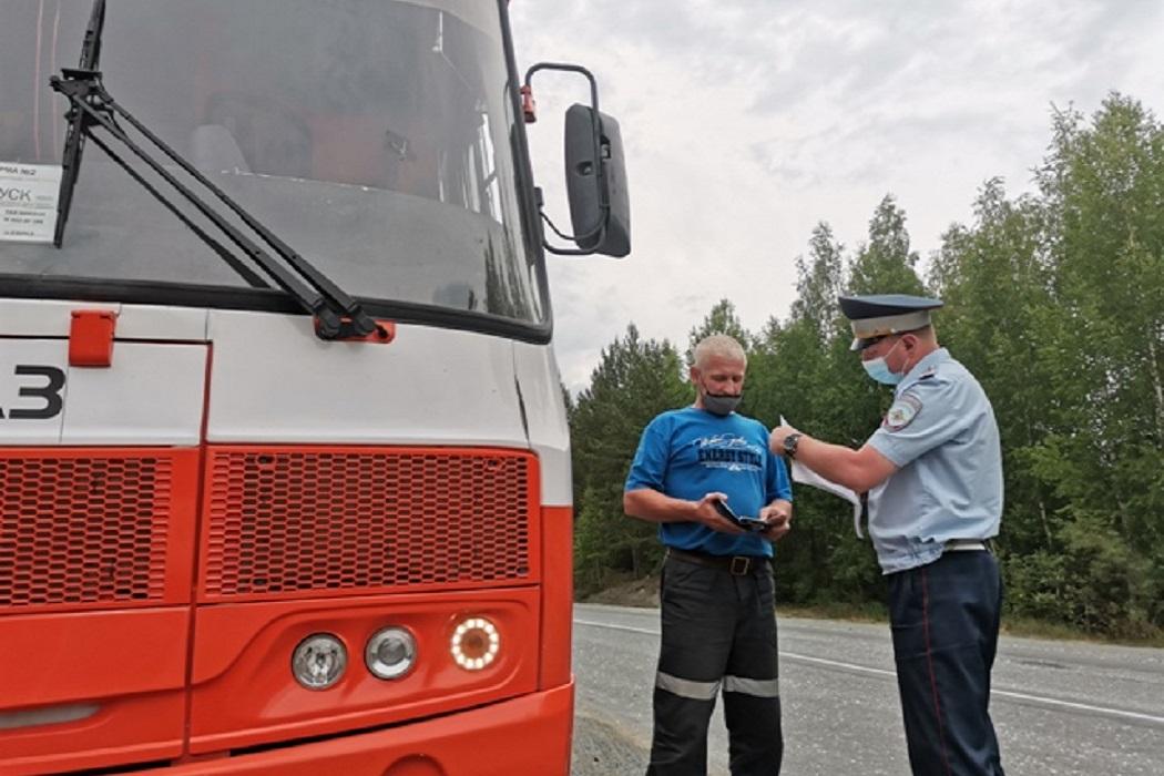 Более 300 неисправных автобусов выявили сотрудники Свердловской ГИБДД