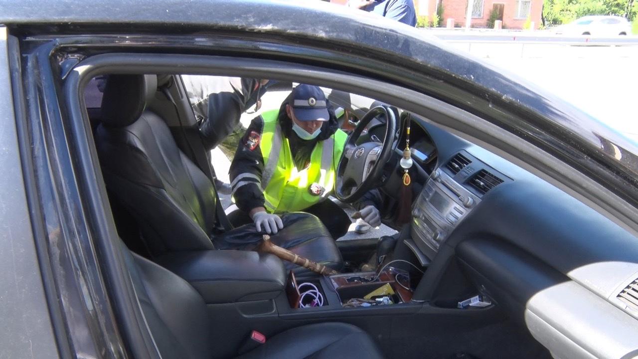 В Тюмени автоинспекторы задержали водителя иномарки с «солью»