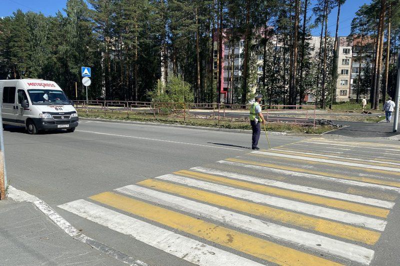 На Урале 80-летняя женщина-водитель сбила на переходе ребёнка на самокате