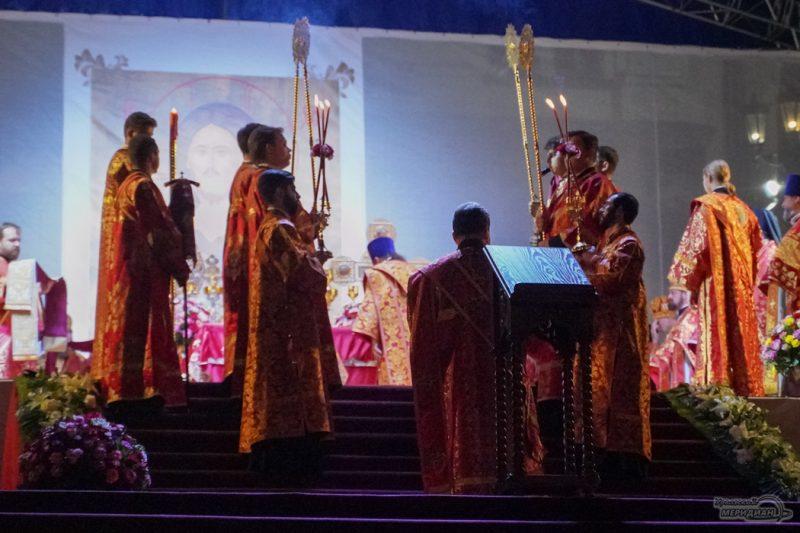 Bozhestvennaya liturgiya RPTS TSarskie dni 1 22