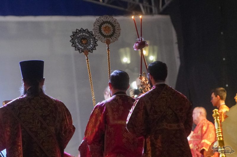 Bozhestvennaya liturgiya RPTS TSarskie dni 1 24