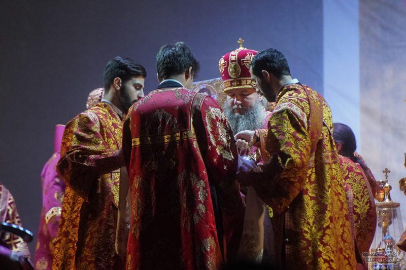 Bozhestvennaya liturgiya RPTS TSarskie dni 1 31