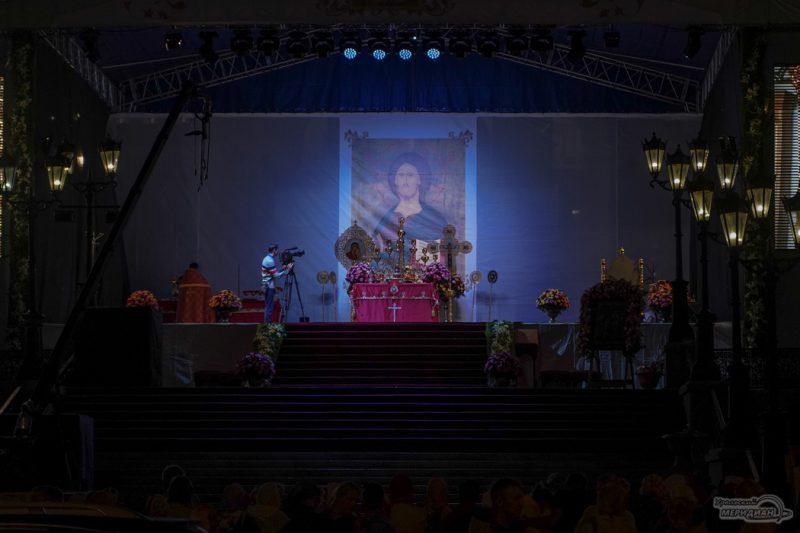 Bozhestvennaya liturgiya RPTS TSarskie dni 27