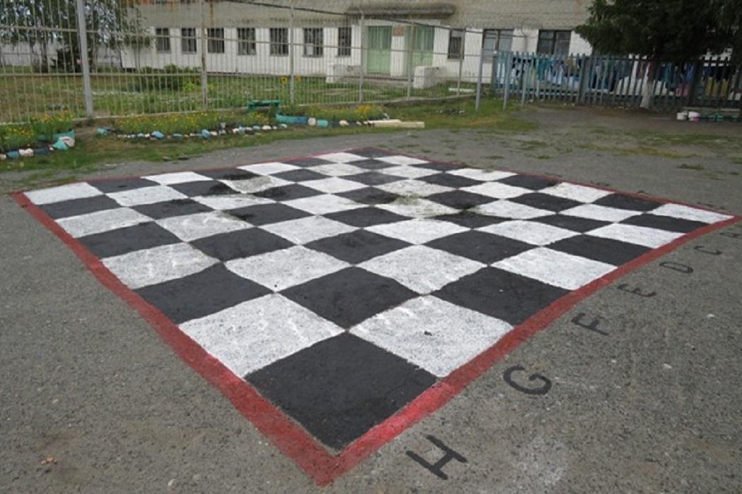 Шахматы + шахматное поле