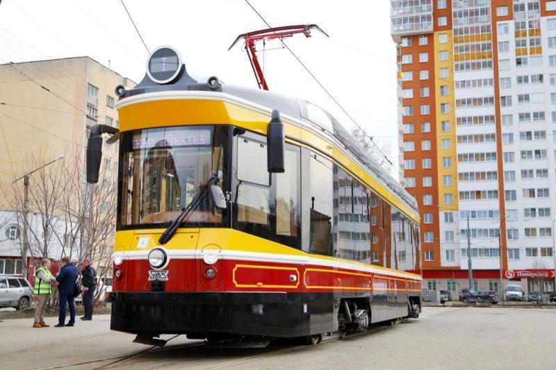 Tramvay 71 415 Retro