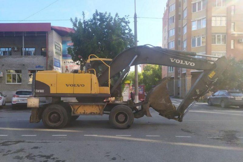 В Тюмени водитель трактора сбил женщину на пешеходном переходе 2