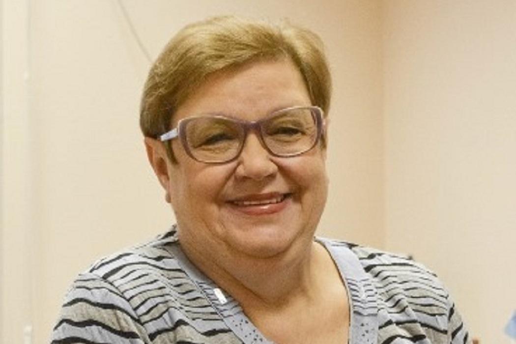 В Екатеринбурге умерла преподаватель журфака УрФУ Елена Лозовская