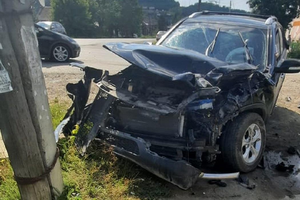 В Сысерти в ДТП пострадали три пассажира автобуса и водитель KIA