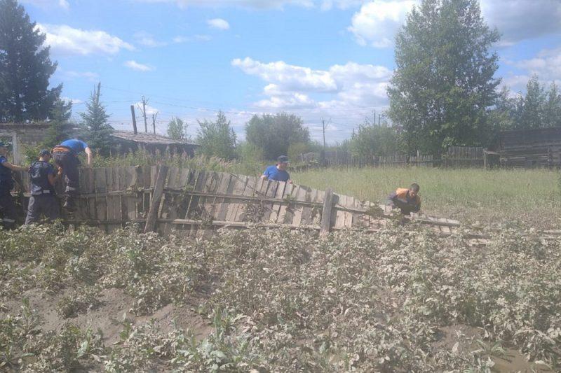 Пострадавшим от потопа свердловским семьям выплатят по 10 тысяч рублей