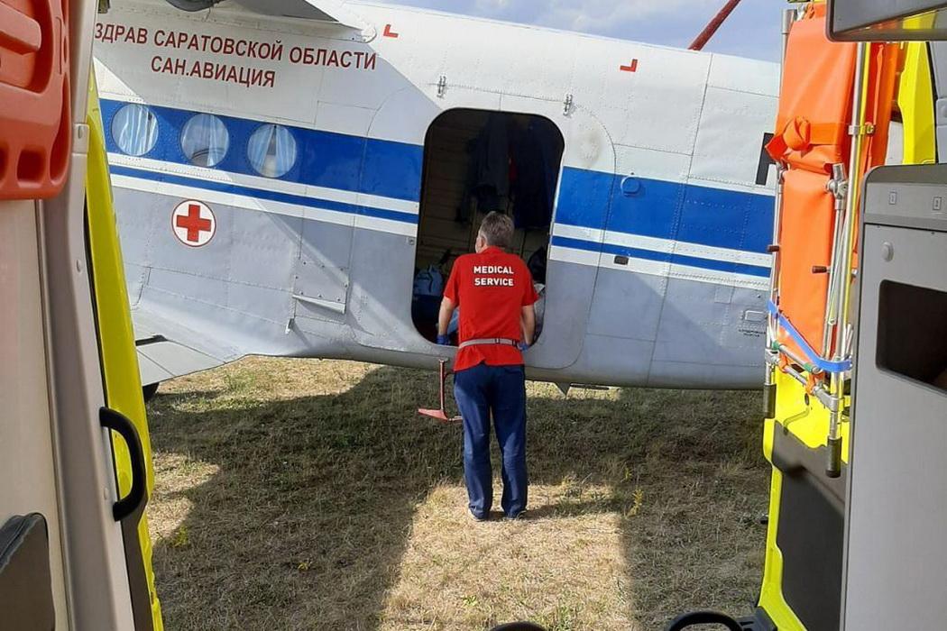 Выжившую в ДТП под Саратовом девочку перевезли в Екатеринбург