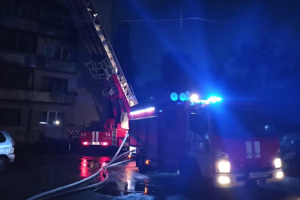 СК проводит проверку после гибели людей в пожаре на Мичурина в Екатеринбурге