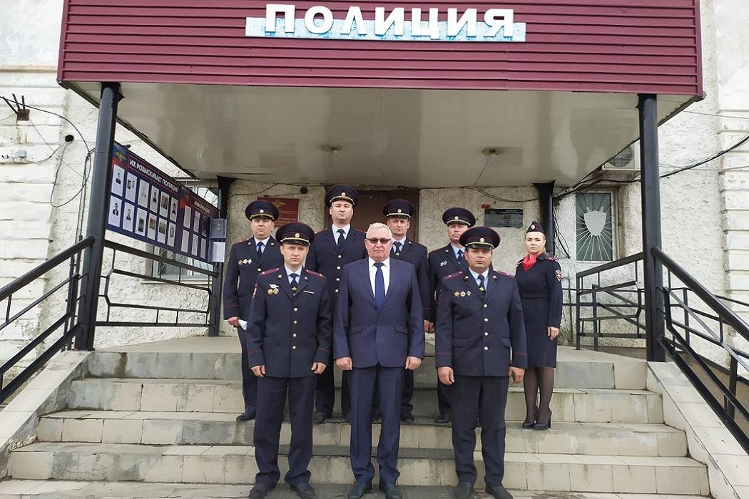 Начальник свердловского главка МВД проверил боеготовность трёх отделов полиции