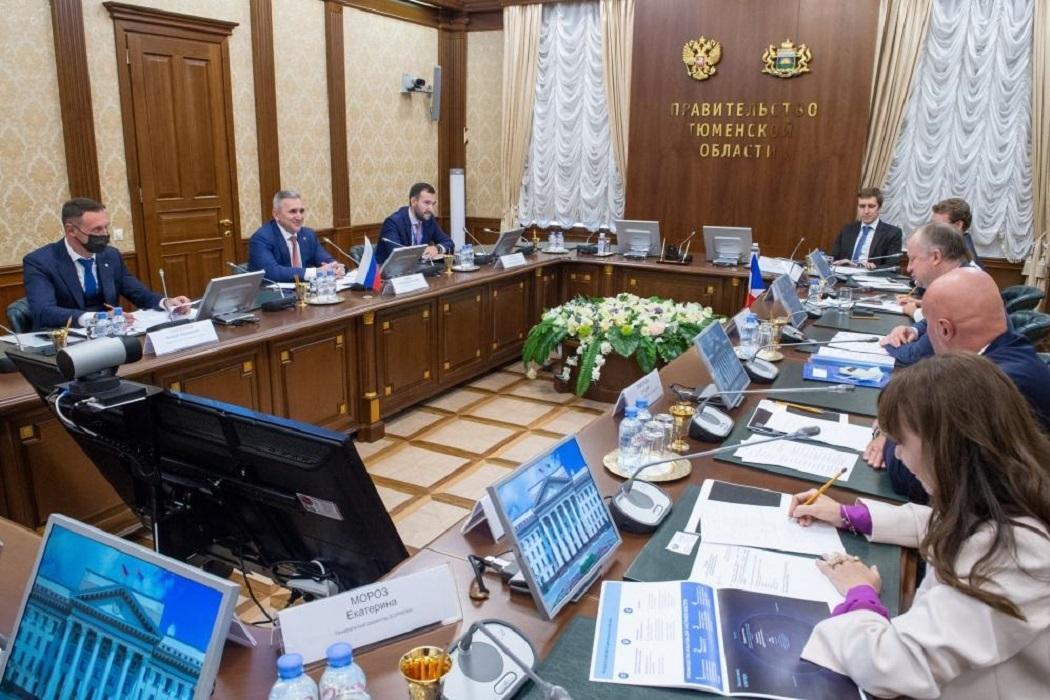 Александр Моор встретился с участниками ТНФ-2021