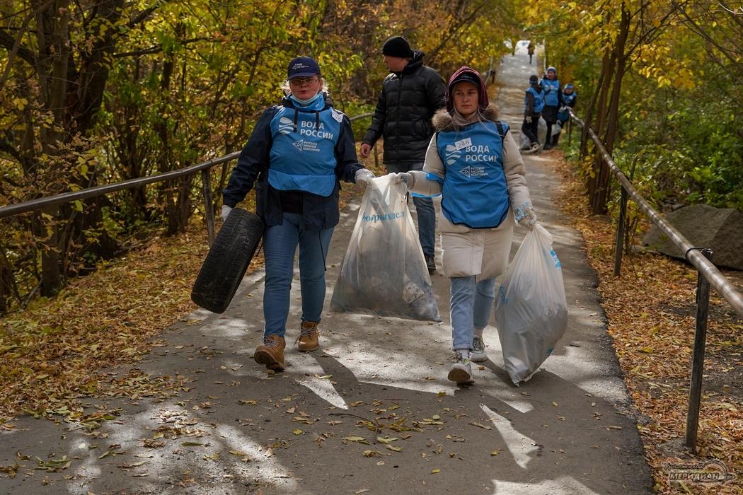 В Екатеринбурге завершился автопробег мусоровозов «Чистая страна 2.0»