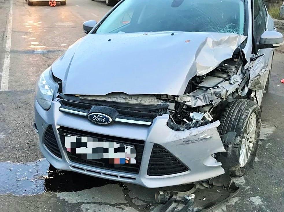 Молодая женщина и мужчина пострадали в ДТП в Нефтеюганске