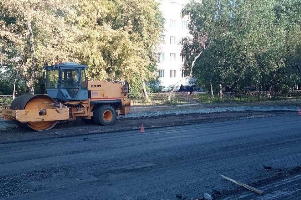 Ремонт + асфальтоукладчик + ремонт дороги