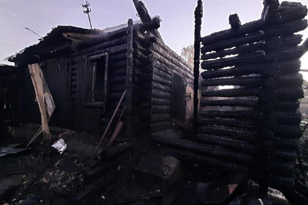 СКР возбудил уголовное дело по факту гибели детей при пожаре в Кадниково