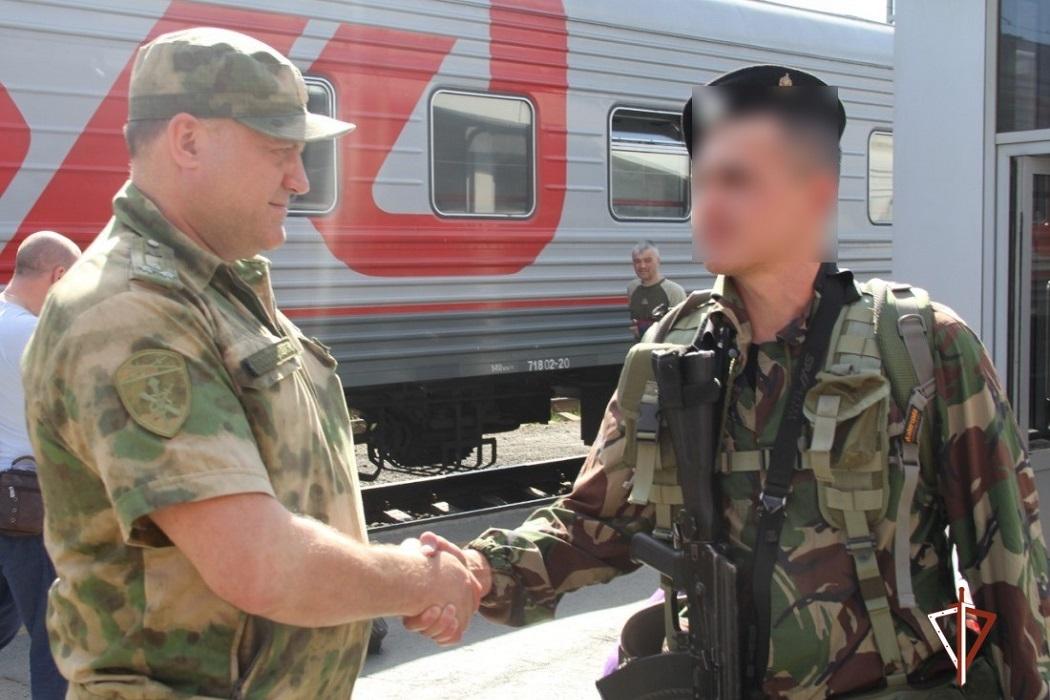 Тюменские ОМОН и СОБР вернулись из командировки на Северный Кавказ