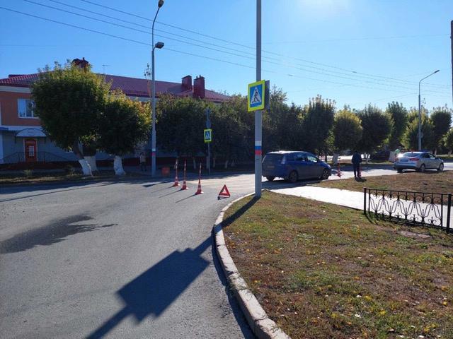 В Ишиме иномарка сбила школьника на пешеходном переходе