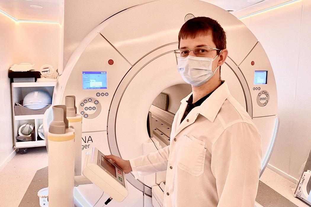 В Медгороде Тюмени появился инъектор для проведения МРТ с контрастом