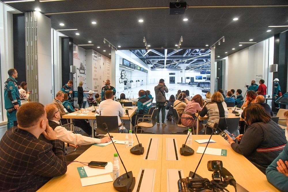 В Тобольске презентовали дизайн-проект нового аэропорта 1